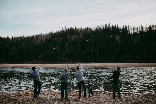 Miller's Extended Family Lifestyle Session on the banks of the North Saskachewan River by Forever 22 Photography (70)