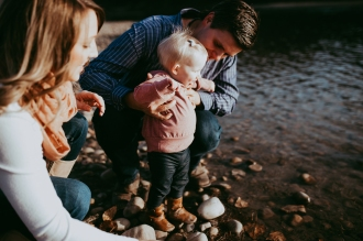 Miller's Extended Family Lifestyle Session on the banks of the North Saskachewan River by Forever 22 Photography (47)